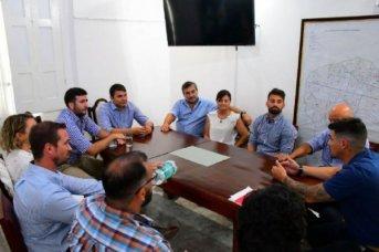 Comerciantes de la Avenida Centenario se reunieron con funcionarios municipales