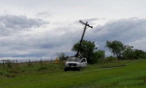 Varias localidades quedaron sin luz por las fuertes tormentas