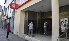 El lunes 13 reabren los bancos al p�blico, pero con atenci�n por turnos dados online