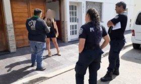 Cuarentena: viaj� escondida para ver al novio y la descubrieron