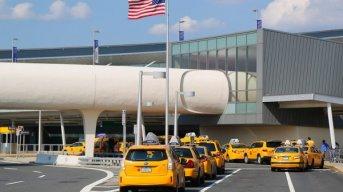 Estados Unidos prohíbe la entrada al país de extranjeros procedentes de Brasil