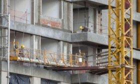 La construcci�n cay� 48,6% y la industria 26,4% anual en mayo