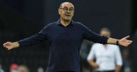Juventus despide al DT Maurizio Sarri tras la eliminación de la Champions