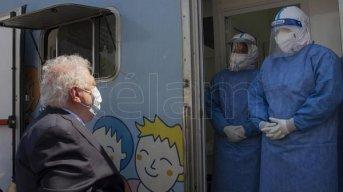 González García y Gollan presentaron un nuevo test rápido para detectar el coronavirus en 15 minutos