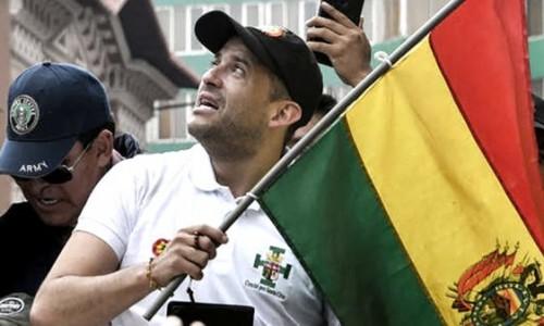 El opositor Camacho reconoce la victoria del MAS en Bolivia
