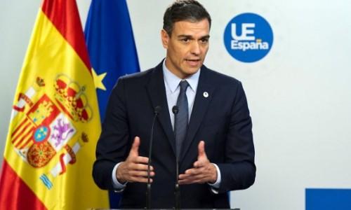 Autoridades regionales de España presionan al Gobierno por mayores restricciones ante la pandemia