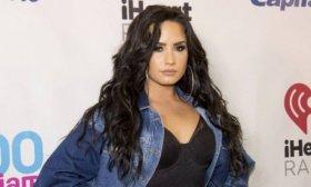 Demi Lovato reivindic� su solter�a,
