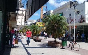 Extienden el horario de cierre de los comercios en Corrientes