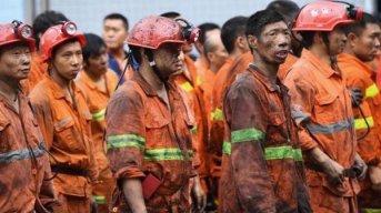 Los mineros atrapados lograron enviar una nota a los socorristas