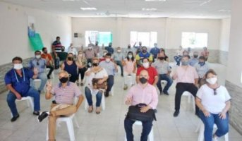 Peronistas impulsan unidad del partido y su normalización