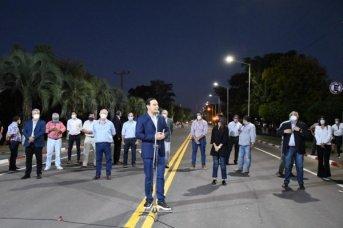 Valdés inauguró el asfalto de la avenida Mazzanti de Goya y la iluminación del Club Puerto Boca