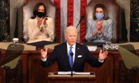Biden: Wall Street no construy� este pa�s, lo hizo la clase media