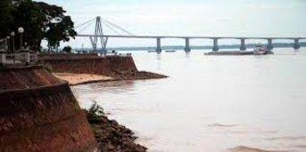 Un grupo de ambientalistas y pescadores reclaman una veda total en el Paraná