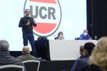 Espaldarazo de la UCR a la reelección de Valdés y Tassano