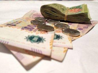 Impuesto a las Ganancias: Gobierno anunciará el aumento del mínimo no imponible