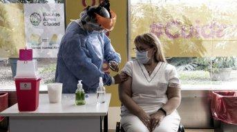 Otorgan nuevos turnos de vacunación para la segunda dosis de Sputnik V