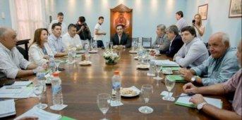 El gobernadorencabeza la reunión de Gabinete con exposición del intendente Tassano