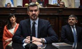 Pe�a brinda informe en Diputados en medio del debate por tarifas